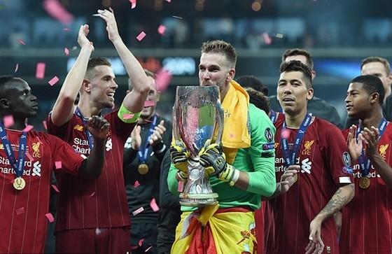 Thủ thành Adrian sắm vai người hùng, Liverpool thắng Siêu cúp thứ 4 ảnh 2