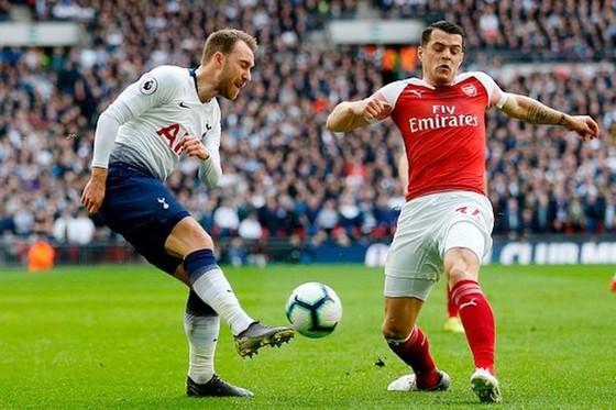 Sao Tottenham chỉ trích chuyển nhượng tại Anh ảnh 1