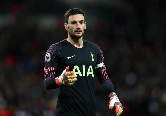 Hugo Lloris thực tế nhìn nhận vào năng lực đua tranh của Tottenham. Ảnh: Getty Images