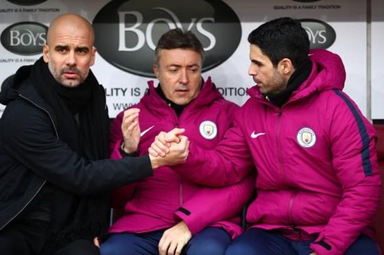"""HLV Guardiola bất ngờ """"cơ cấu"""" người kế nhiệm ảnh 1"""
