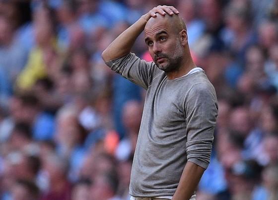 HLV Pep Guardiola cũng bất ngờ với cách đội bóng của ông tạo kỷ lục. Ảnh: Getty Images