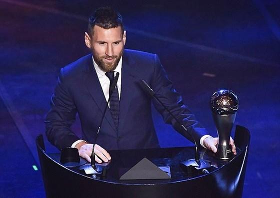Lionel Messi lập lỷ lục với lần thứ 6 thắng giải. Ảnh: Getty Images