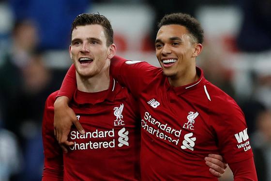 Sao Liverpool tự hào khi ghi danh vào sách kỷ lục Guinness ảnh 1