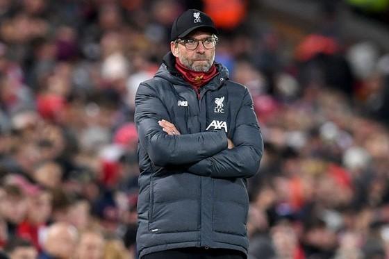 HLV Jurgen Klopp và Liverpool có thể rút khỏi tứ kết Cúp Liên đoàn. Ảnh: Getty Images