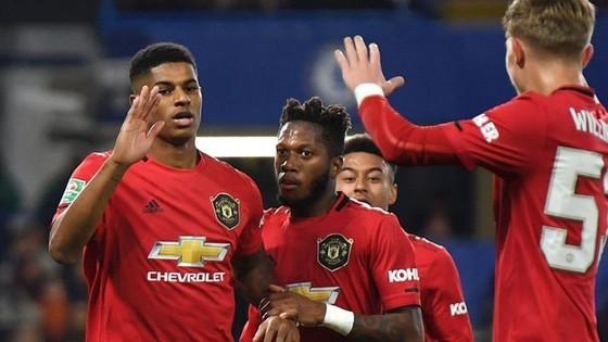 """Cúp Liên đoàn: Liverpool đi tiếp sau """"trò tiêu khiển"""" ở Anfield ảnh 1"""