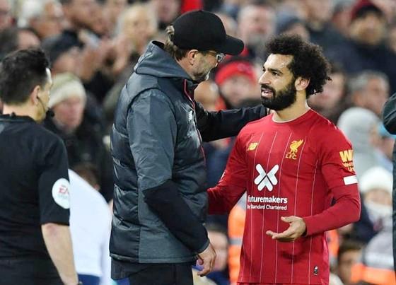 HLV Jurgen Klopp đang phải lo lắng về thể trạng của Mohamed Salah. Ảnh: Getty Images