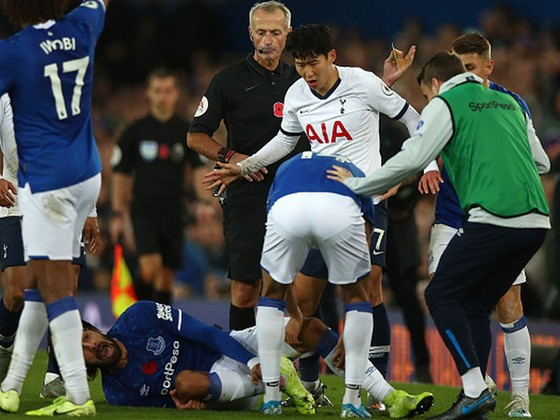 Tottenham bị chia điểm sau biến cố của Son ảnh 1