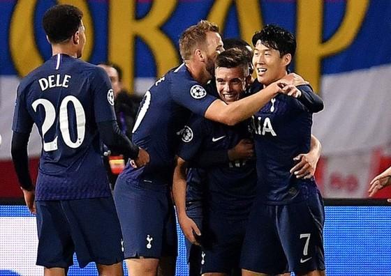Son Heung-min không chỉ bất ngờ ra sân mà còn tỏa sáng rực rỡ. Ảnh: Getty Images