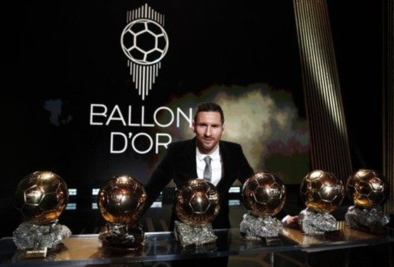 Messi thắng Quả bóng vàng thứ 6, Van Dijk khâm phục ảnh 1