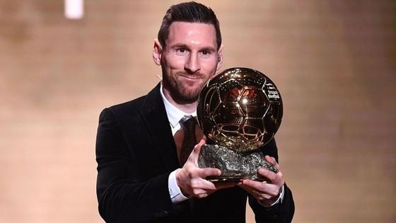Lionel Messi được vinh danh trở lại sau 4 năm.