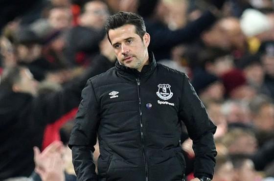 Marco Silva bất lực gắn kết đội hình không hề thiếu chất lượng của Everton. Ảnh: Getty Images