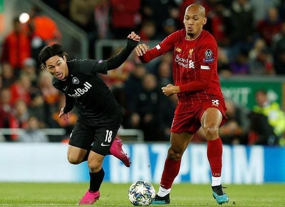 """Liverpool có """"hàng rẻ chất lượng cao"""" Minamino từ FC Salzburg ảnh 1"""