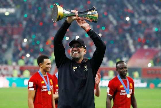 Liverpool kiệt sức lên đỉnh thế giới ảnh 1