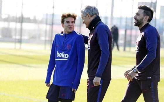 """Tân HLV Barca: """"Hôm qua tôi còn… chăn bò, hôm nay tôi dẫn dắt Messi"""" ảnh 1"""