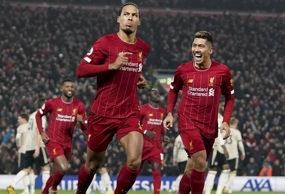 Liverpool tiếp tục tiến đi như một đoàn quân không thể bị ngăn cản. Ảnh: Getty Images