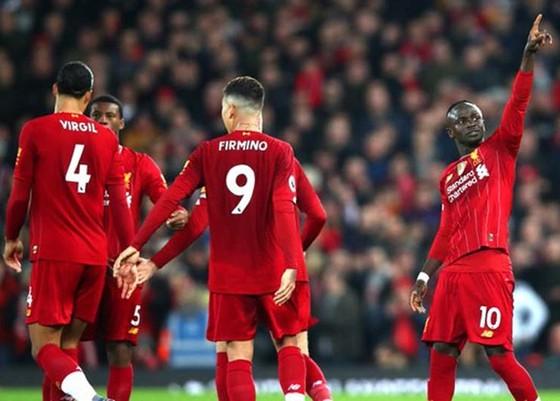 Wenger thừa nhận kỷ lục bất bại bị đe dọa bởi Liverpool ảnh 1