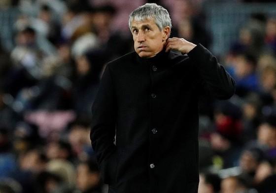 Barca thua trắng tại Mestalla, đối mặt nguy cơ mất ngôi đầu ảnh 1