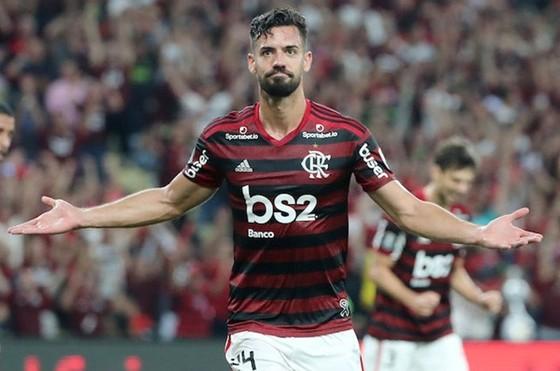 Pablo Mari dù hoàn thành kiểm tra y tế nhưng phải trở lại Flamengo. Ảnh: Getty Images