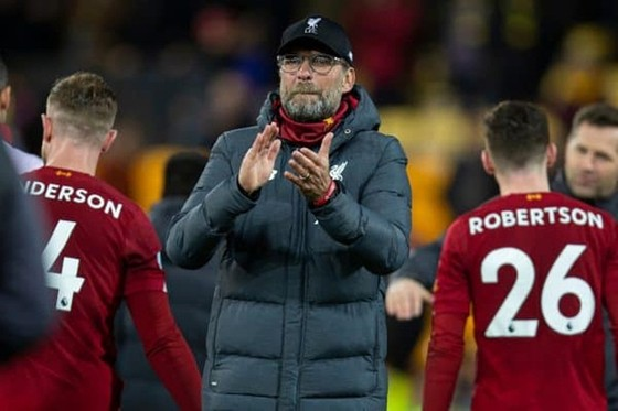 Liverpool chỉ còn cách chức vô địch 5 chiến thắng ảnh 1