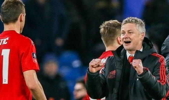 """Man.United tiếp tục là """"vua"""" gây sốc ảnh 1"""