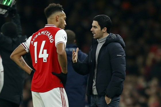 Arsenal khó giữ chân Aubameyang ảnh 1