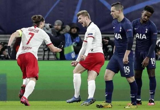 Tottenham rệu rã trước chủ nhà RB Leipzig. Ảnh: Getty Images