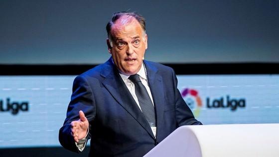 """Chủ tịch Javier Tebas bảo vệ quyết định của La Liga là """"chủ động"""" trong ứng phó dịch bệnh. Ảnh: Getty Images"""
