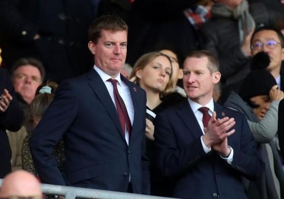 Giám đốc điều hành của Southampton, Martin Semmens (trái). Ảnh: Getty Images