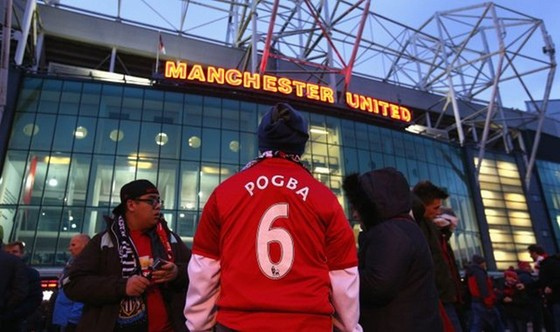 Man.United sẽ trả lại tiền nếu người hâm mộ không thể đến sân Old Trafford ở 4 trận cuối. Ảnh: Getty Images