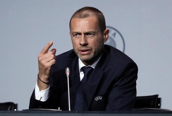UEFA hay Chủ tịch Aleksander Ceferin đều thừa nhận bóng đá có trở lại hay không phụ thuộc vào tình hình dịch bệnh. Ảnh: Getty Images