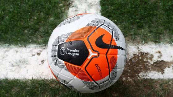 Premier League tập trở lại từ hôm nay ảnh 1
