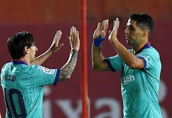 Messi vùi dập Mallorca trong ngày ghi kỷ lục mới ảnh 1
