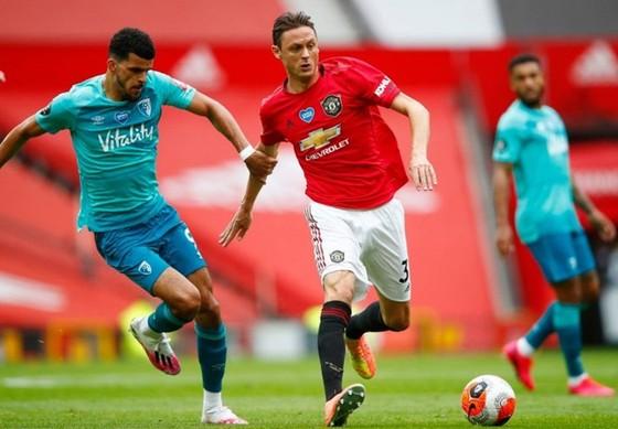 Nemanja Matic đang là chốt chặn hiệu quả ở giữa sân của Man.United. Ảnh: Getty Images