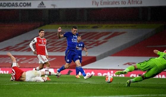 Chelsea đánh chiếm vị trí thứ 3, Arsenal tàn lụi cơ hội tốp 4 ảnh 1