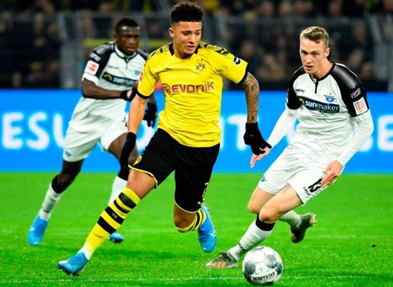 Jadon Sancho đang là một trong những cầu thủ trẻ hay nhất tại châu Âu. Ảnh: Getty Ima