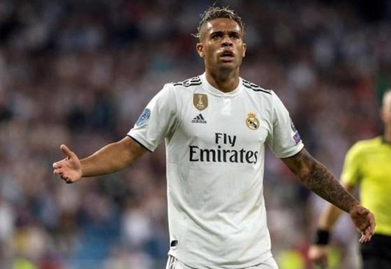 Mariano không tiếp xúc gần với đồng đội trong tuần qua. Ảnh: Getty Images