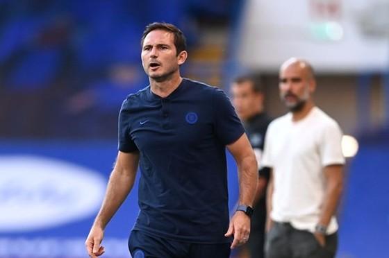 HLV Frank Lampard rõ ràng đang đau đầu về vấn đề nhân sự. Ảnh: Getty Images