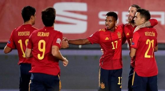 Nations League: Sao trẻ Barca ghi danh vào lịch sử ảnh 1