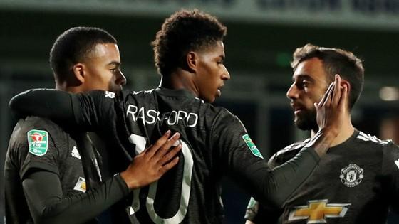 Mất khẩn cấp 3 vị trí chủ chốt vì Covid-19, West Ham vẫn thắng tưng bừng ảnh 1