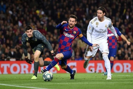 Barcelona và Real Madrid bước vào trận Siêu kinh điển ngày 25-10 bằng những gương mặt cũ. Ảnh: Getty Images