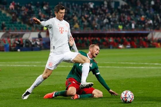 Bayern Munich dù chật vật vẫn giành chiến thắng tại Lokomotiv Moscow. Ảnh: Getty Images