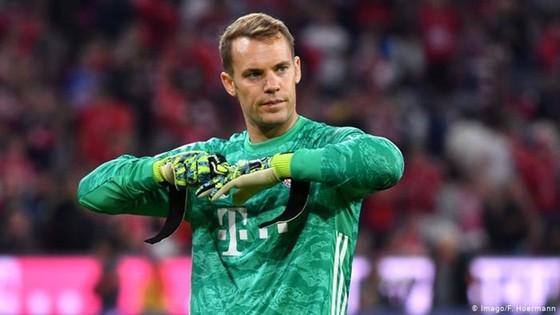 Manuel Neuer cảnh báo cầu thủ hàng đầu sớm bị kiệt sức. Ảnh: Getty Images