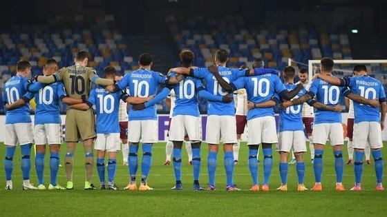 Europa League: Arsenal, Leicester, AS Roma và Hoffenheim vượt qua vòng bảng ảnh 1