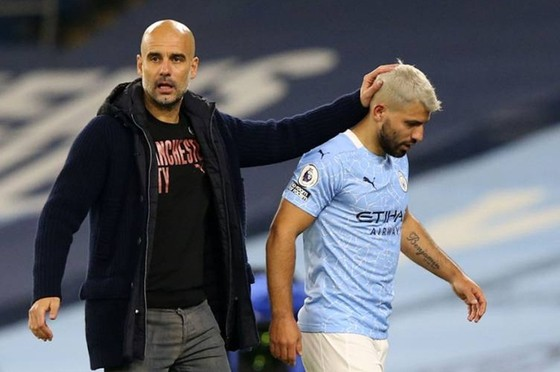 HLV Pep Guardiola tin những ngôi sao như Sergio Aguero trở lại mới là điều đáng mong chờ nhất. Ảnh: Getty Images