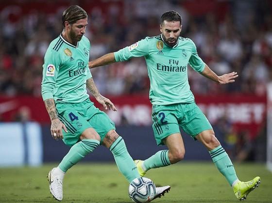Sergio Ramos (trái) và Dani Carvajal trở lại chắc chắn là sự thúc đẩy lớn với Real.