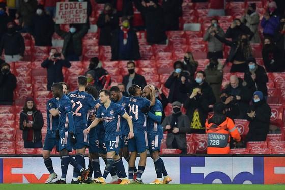 Arsenal sẽ không còn được chào đón khán giả từ thứ tư này. Ảnh: Getty Images