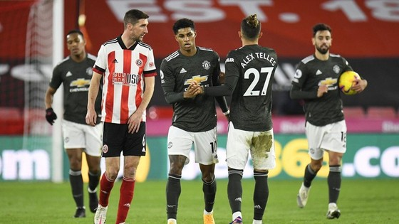 Quỷ đỏ ghi liên tiếp cột mốc khi thắng Sheffield United ảnh 1