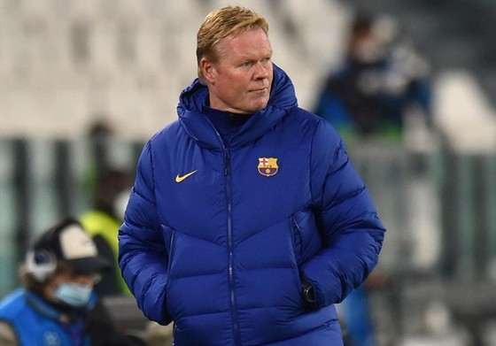 HLV Ronald Koeman đã có vài tháng đầu cùng Barcelona không hề dễ dàng.