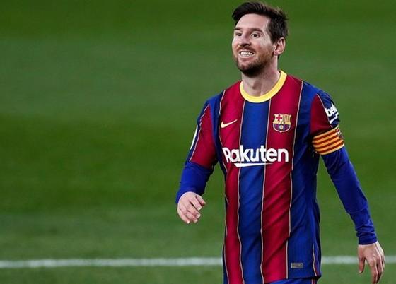 Lionel Messi hiện vẫn chưa xác đinh tương lai. Ảnh: Getty Images