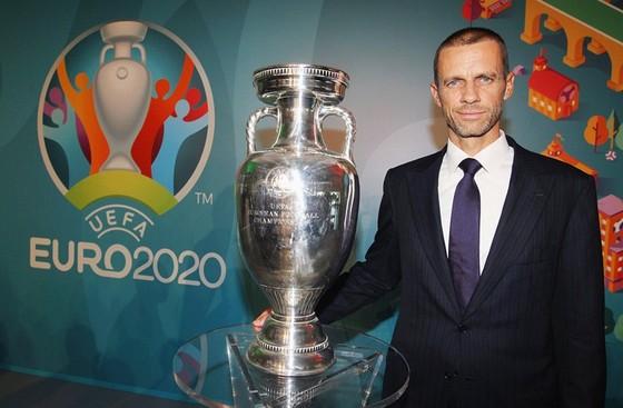 Chủ tịch UEFA, Aleksander Ceferin tự tin Euro 2020 sẽ an toàn và thành công theo đúng kế hoạch.